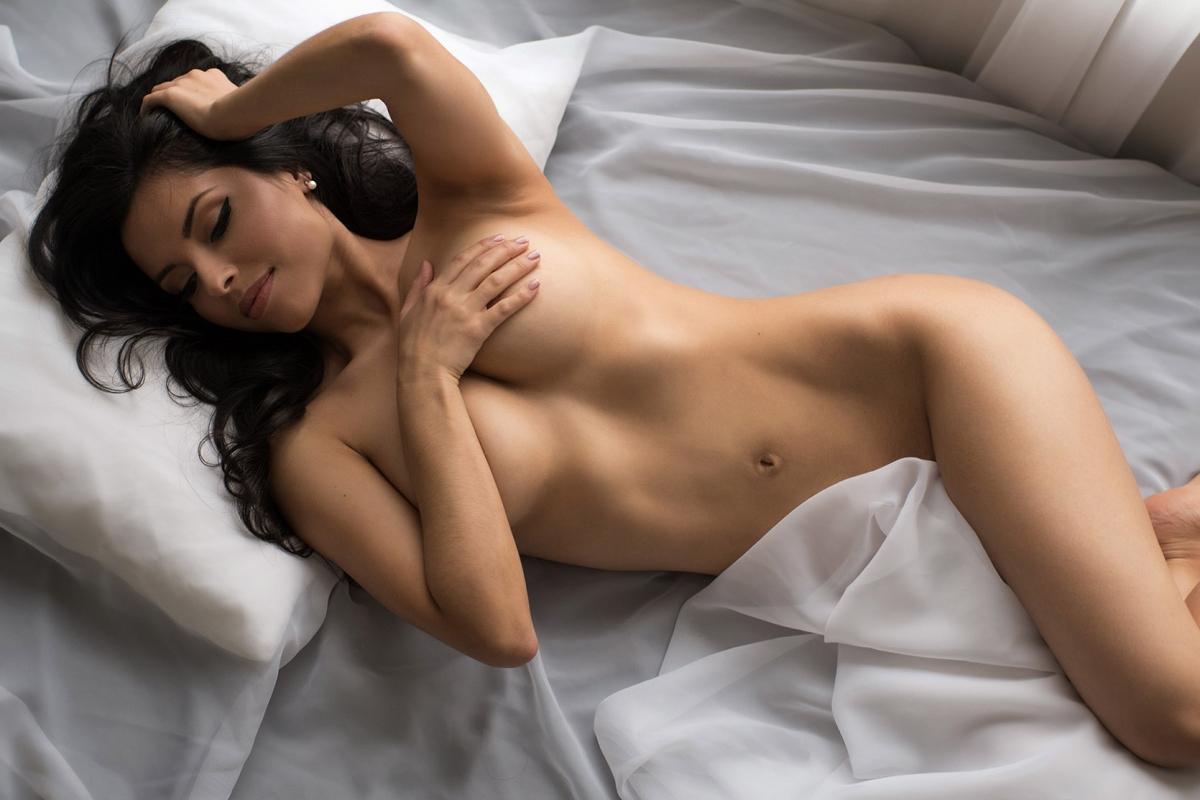 Intimate erotic portraits photo studios